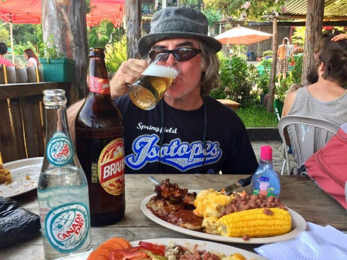 Southern USA cookin' at the best BBQ in Guatemala 8