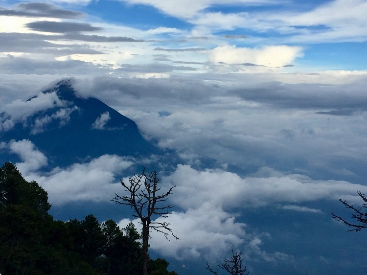 Challenging hike to see the Fuego volcano erupt 2