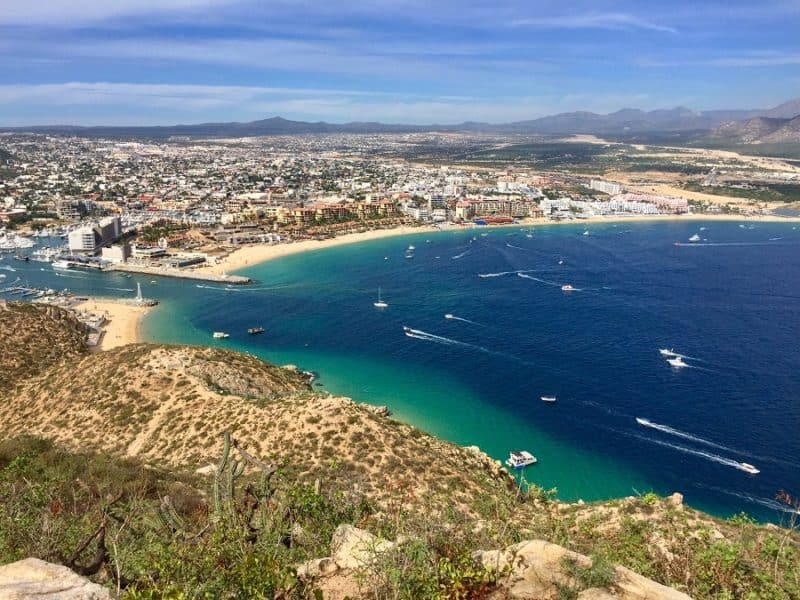 A hike up and down Cabo's Cross Hill 5
