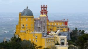 5+ ways to save time at Sintra palaces, despite long lines