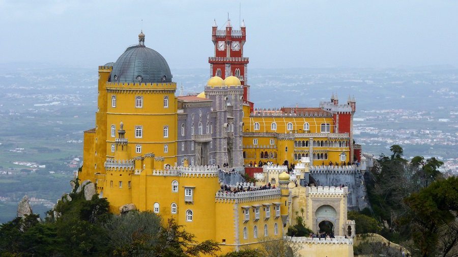 5+ ways to save time at Sintra palaces, despite long lines 5