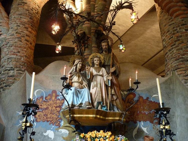 Another Gaudi church - built before La Sagrada Familia 1