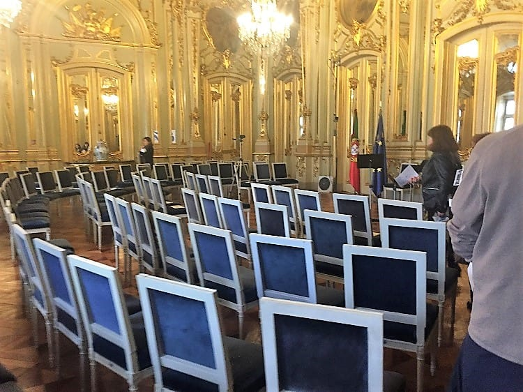 Free concerts in Hall of Mirrors at Foz Palace in Lisbon 40