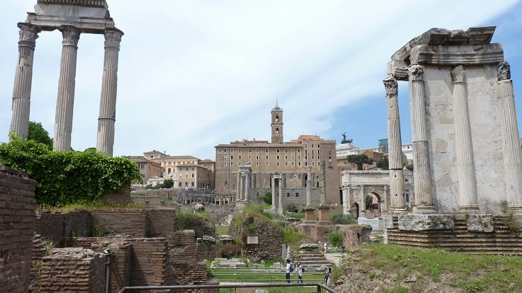 Budget travel in Rome: 6+ ways to save money 1