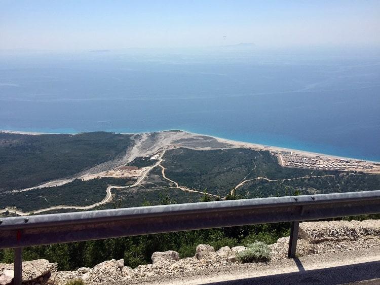 Fun furgon travel in Albania from Tirana to Saranda 6