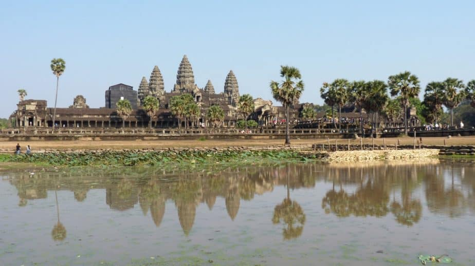 Angkor Wat budget travel tips that support locals