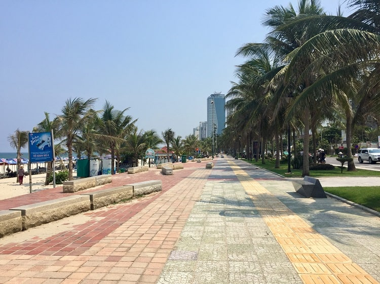 the beach walkway in danang is colored brick