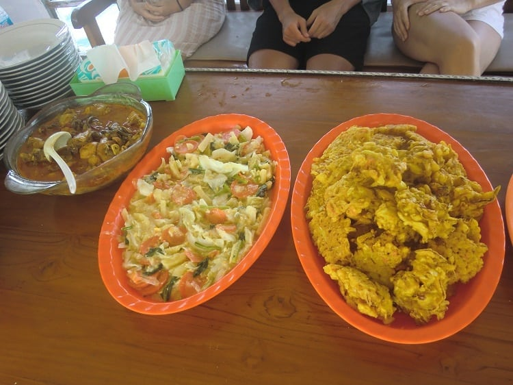 fritters and salad as part of a meal on a cheap komodo dragon tour
