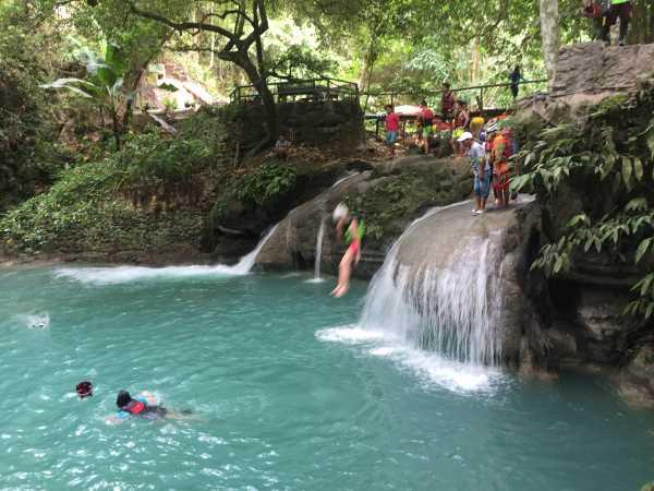 Moalboal and Simala trip: the smallest waterfall at Kawasan falls