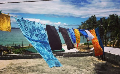towels drying in the sun - update on our coronavirus lockdown in the Philippines
