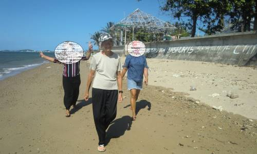 walk to church to easter services during a pandemic in the philippines