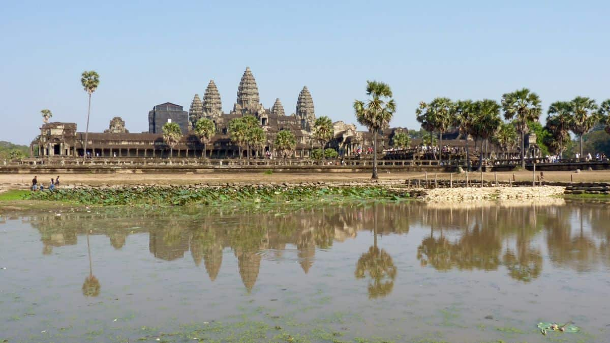 cambodia coronavirus policy for tourists might limit visitors to Angkor Wat.