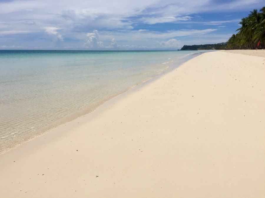 A long stretch of deserted beach on Boracay during the pandemic.