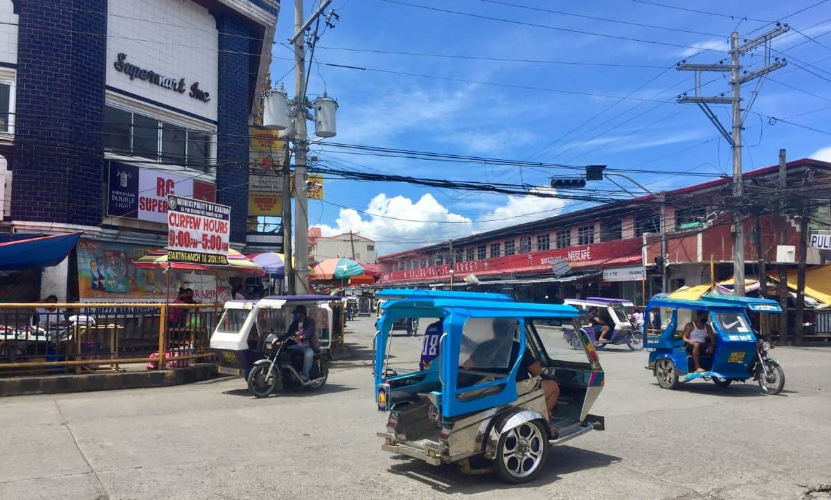 resourceful Filipinos include trike drivers in Kalibo