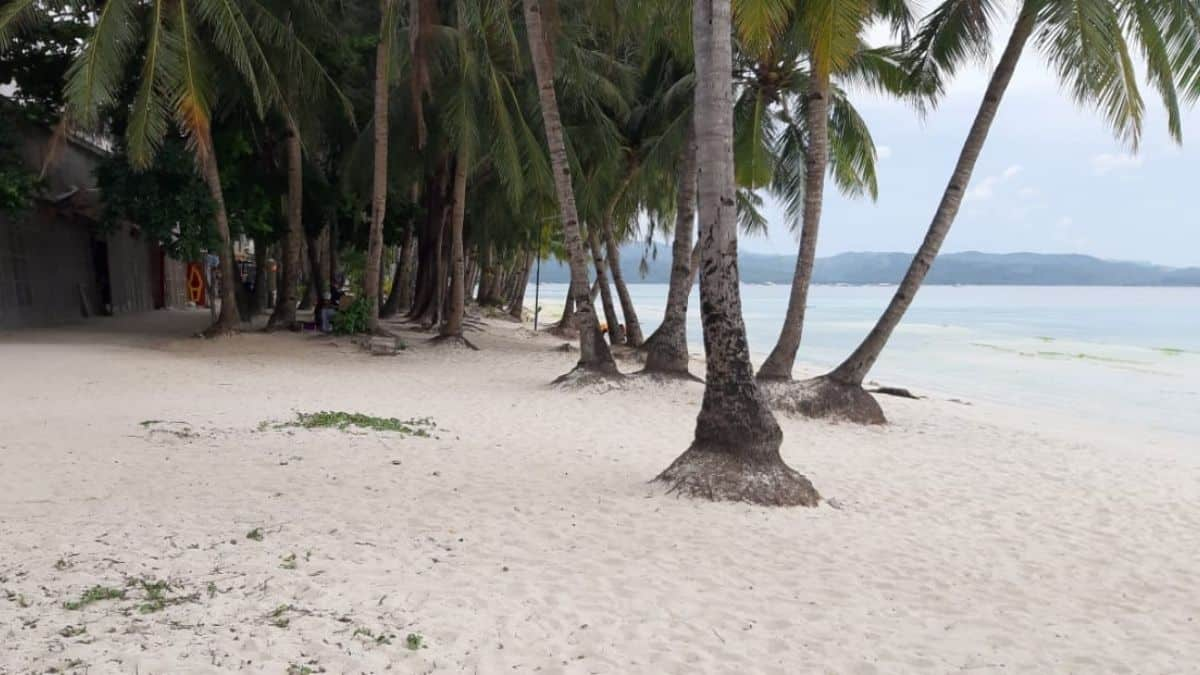 Parts of Boracay locked down for Holy Week 2021
