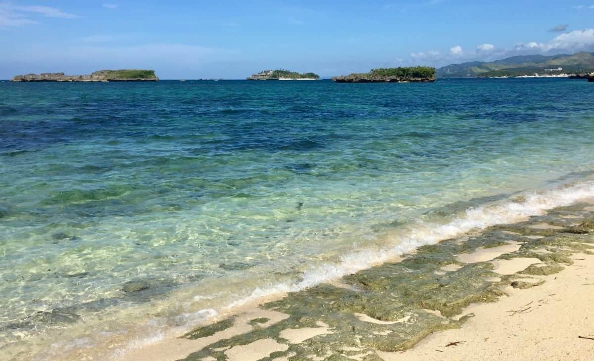 A week alone on Boracay Island
